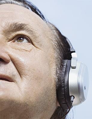 آموزش موسیقی برای سالمندان